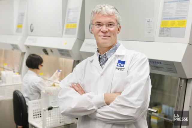 Dr Guy Sauvageau... (PHOTO ROBERT SKINNER, LA PRESSE)