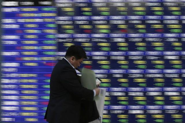Le calcul de la rémunération des pdg comprend... (Photo archives Reuters)