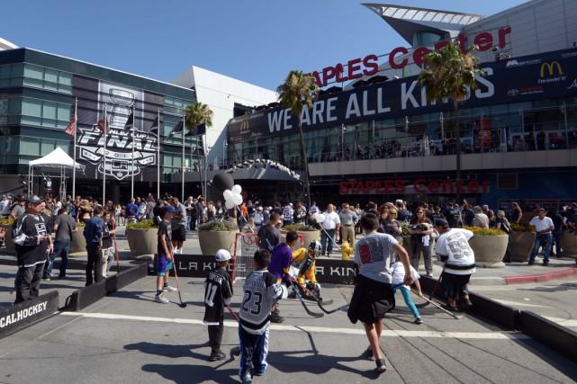 Il y a neuf arénas qui hébergent à la fois la LNH et la NBA et depuis le début... (Photo Reuters)