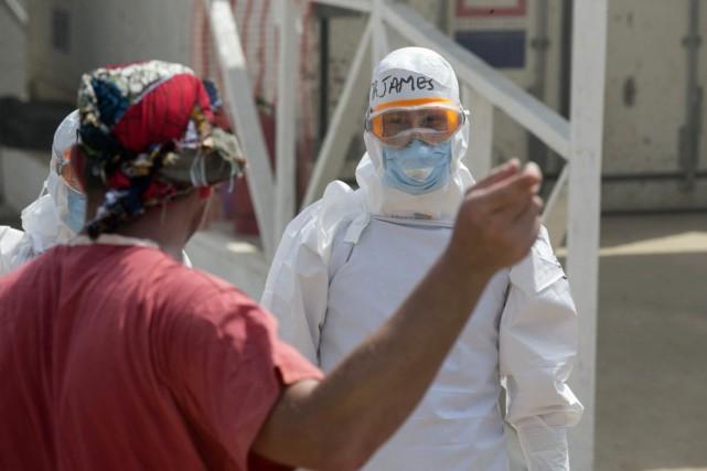 Le nombre de morts dues à l'épidémie de... (Photo Baz Ratner, AP)