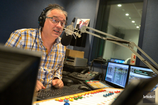 Stéphane Gasse,animateur du retour à CHOI Radio X,... (Le Soleil, Yan Doublet)