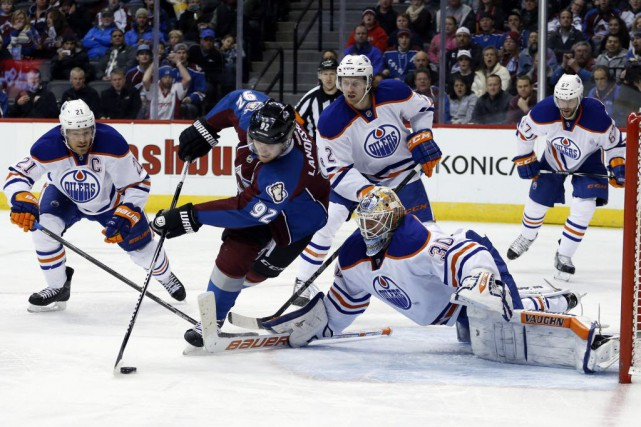 L'Avalanche du Colorado l'a emporté 2-1 contre les... (Photo Jack Dempsey, AP)
