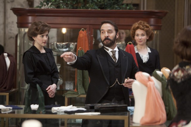 Jeremy Piven dans Monsieur Selfridge.... (Photo fournie par Radio-Canada)