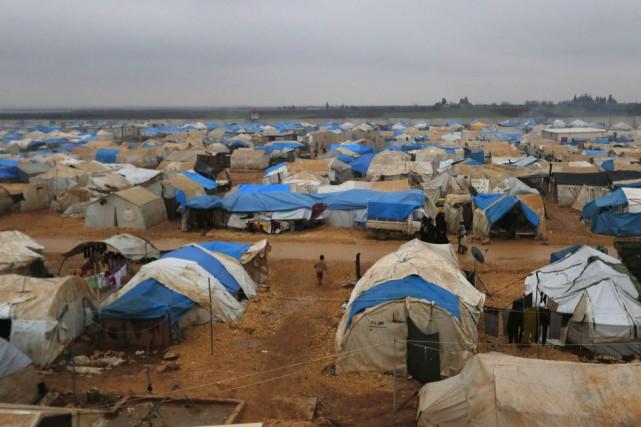 Quelque 3,2 millions de personnes se sont réfugiées... (PHOTO HOSAM KATAN, REUTERS)
