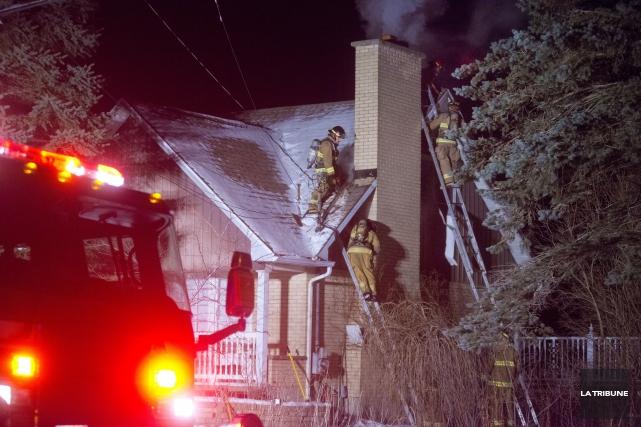 Un incendie a causé d'importants dommages à la maison située au 2108 de la rue... (IMACOM, Julien Chamberland)