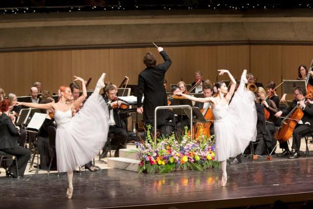 Les danseurs du Kiev-Aniko Ballet d'Ukraine seront sur...
