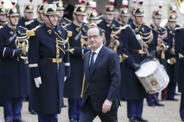 Le président Hollande arrive à l'Élysée, le 5... (PHOTO PHILIPPE WOJAZER, REUTERS)