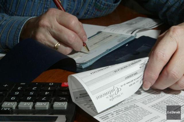 Les Gatinois verront d'ici quelques jours combien leur coûtera la hausse de... (Archives, LeDroit)