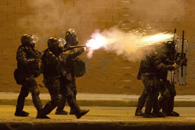 Le «colonel Fabio» était responsable de contrôler les... (PHOTO VICTOR R. CAIVANO, ARCHIVES AP)