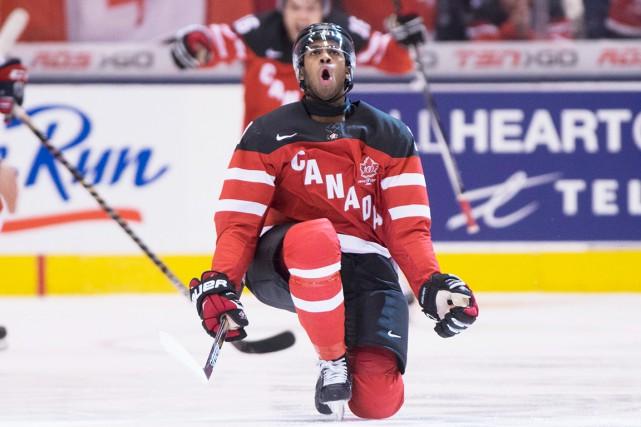 Anthony Duclaira inscrit le premier but après tout... (La Presse Canadienne)