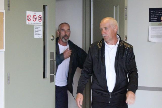 Les frères Laurent et Yvon Larouche ont été acquittés des accusations... (Archives)