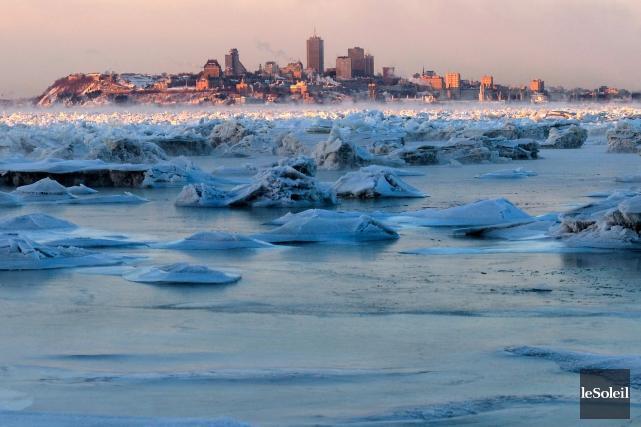 À Québec, le mercure indiquait -26,1°C mardi matin,... (Le Soleil, Yan Doublet)
