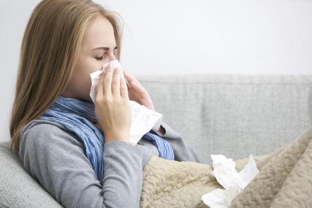 Le nombre de cas de grippe est toujours... (Photo Digital/Thinkstock)