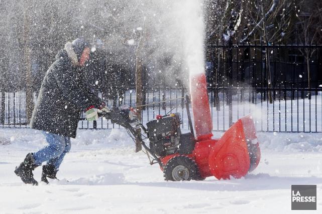 Entre 15 et 20 centimètres de neige sont... (PHOTO ALAIN ROBERGE, LA PRESSE)