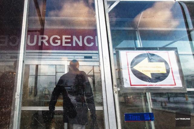 L'urgence du CSSS de Memphrémagog à Magog continue d'être très achalandée.... (Imacom, Jocelyn Riendeau)