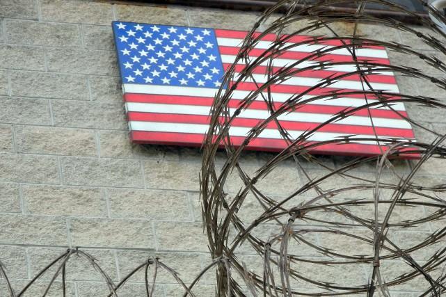 Les États-Unis ont transféré quatre prisonniers incarcérés dans le centre de... (Photo archives AFP)