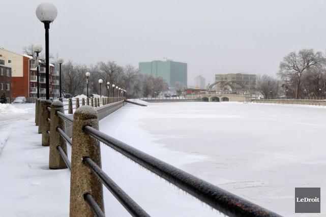 Quel endroit choisirez-vous pour patiner ? Le canal Rideau ou le ruisseau de la... (Patrick Woodbury, LeDroit)
