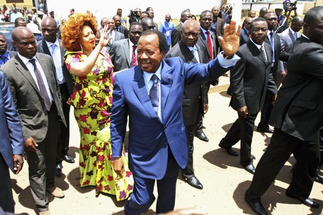 Le président camerounais Paul Biya (photo) a déjà... (Photo Akintunde Akinleye, Archives Reuters)