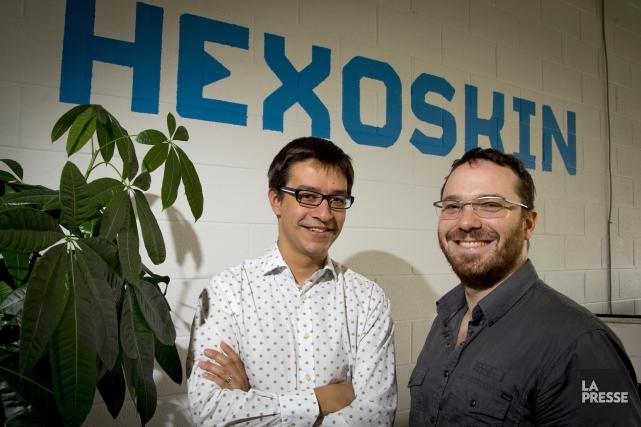 Pierre-Alexandre Fournier et Jean-François Roy, de l'entrepriseHexoskin, qui... (PHOTO ALAIN ROBERGE, ARCHIVES LA PRESSE)