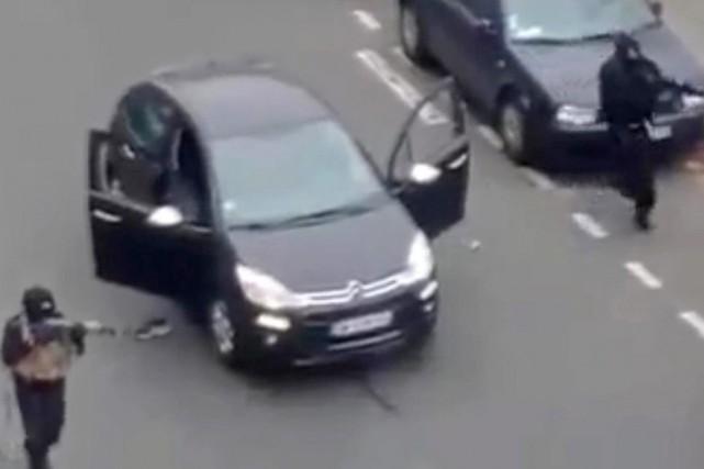La vidéo démontre que les auteurs de l'attaque... (Photo AP)