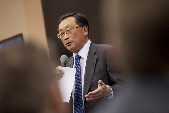 John Chen, PDG de BlackBerry, croit que les... (Photo David Paul Morris, Bloomberg)