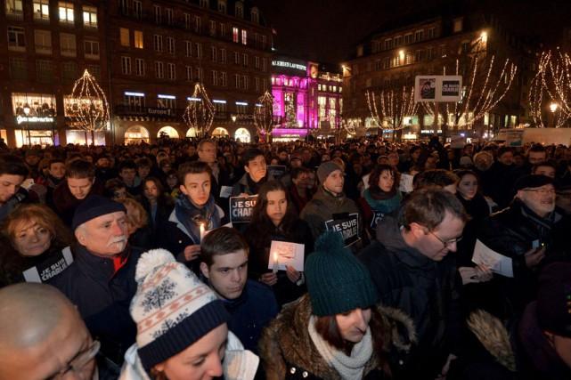 Des grands rassemblements populaires ont eu lieu dans... (Photo: Agence France-Presse)