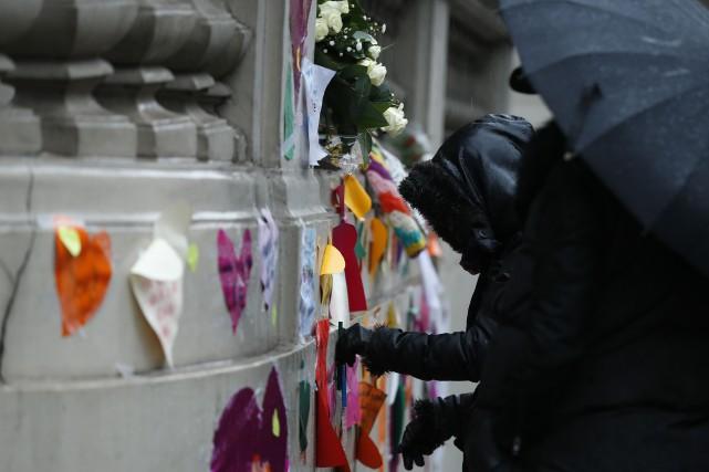 « Au nom de tous les musulmans, on condamne tout ce qui vient de se passer en... (Photo AP)