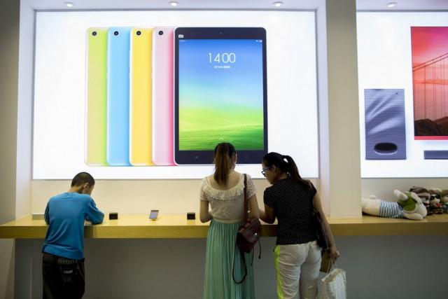 En quelques années, Xiaomi a bondi au troisième... (Photo Brent Lewin, Archives Bloomberg)