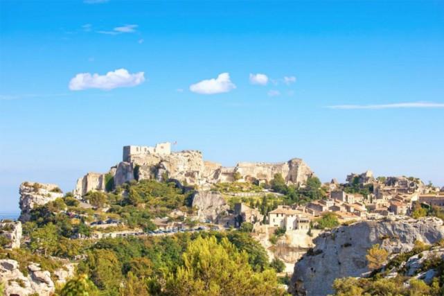 Les-Baux-de-Provence est à découvrir notamment pour son château.... (PHOTO THINKSTOCK)