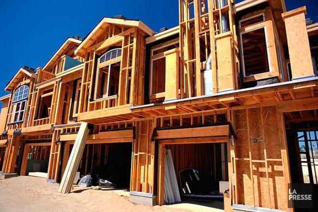 La cadence des nouvelles constructions de domiciles a ralenti en décembre, le... (PHOTO FOURNIE PAR LA SCHL)