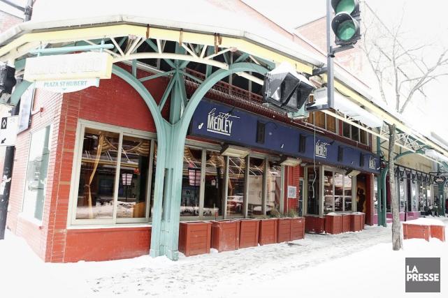 Le bar de l'arrondissement Rosemont-La Petite-Patrie devient propriété... (Photo Martin Chamberland, La Presse)