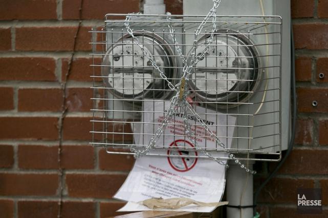 Des clients barricadent désormais leurs compteur d'électricité pour... (PHOTO HUGO-SÉBASTIEN AUBERT, archives LA PRESSE)