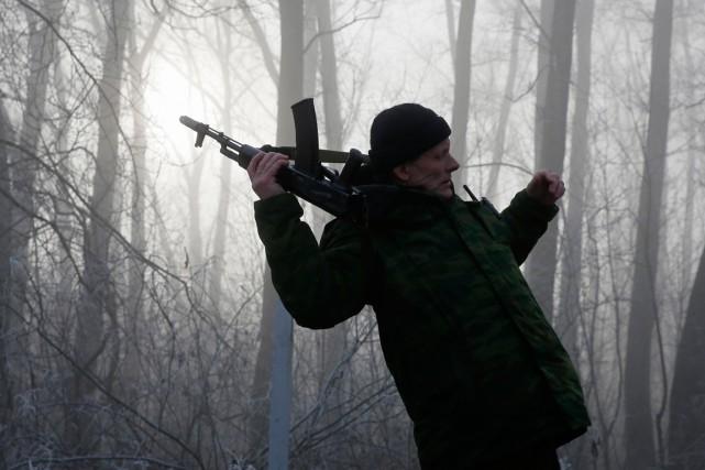Deux soldats ukrainiens ont été tués et 20 blessés dans l'est séparatiste... (PHOTO MAXIM SHEMETOV, ARCHIVES REUTERS)