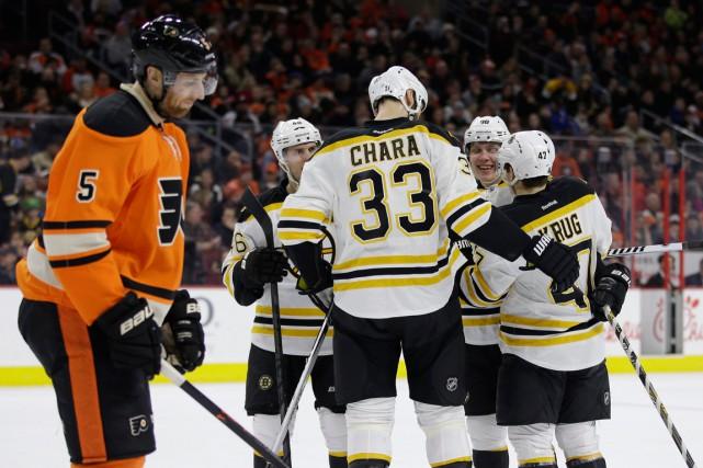 Les Bruins ont remporté une troisième partie de... (PHOTO MATT SLOCUM, AP)