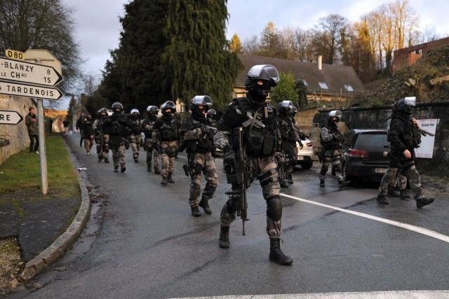 Dans des communications interceptées par les services de... (Photo Archives AFP)