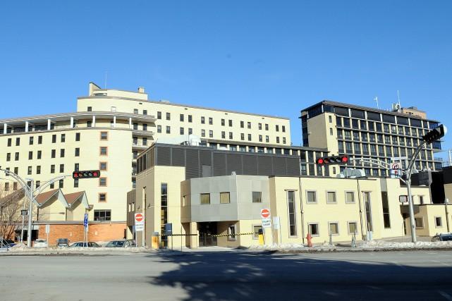L'Hôpital de Chicoutimi accueillera six nouveaux radiologistes d'ici... ((Archives))