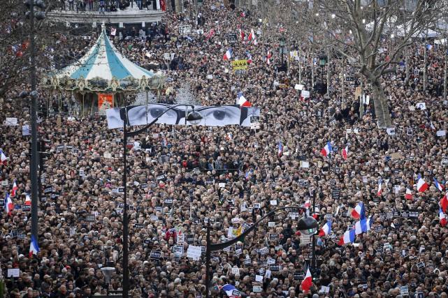 Des millions de citoyens ont manifesté pour dénoncer... (Photo: Associated Press)