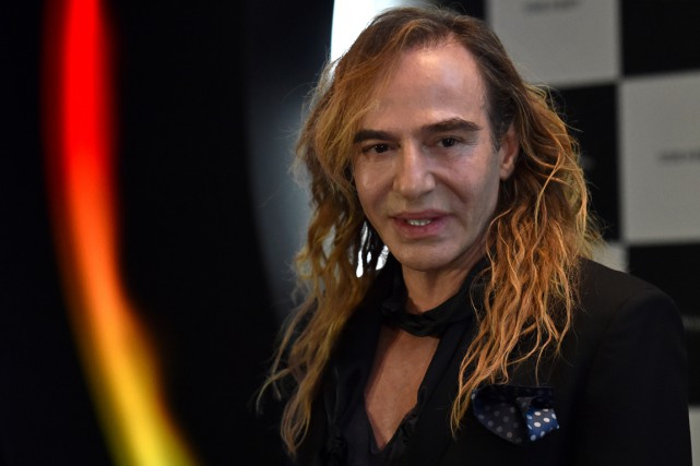 John Galliano en mai 2014.... (PHOTO KIRILL KUDRYAVTSEV, ARCHIVES AFP)