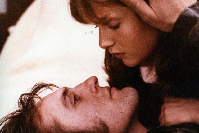 Loulou, mettant en vedette Gérard Depardieu et Isabelle... (Photo d'archives fournie par la Cinémathèque québécoise)