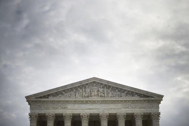 La Cour suprême peut encore se saisir d'un... (PHOTO JIM WATSON, ARCHIVES AFP)