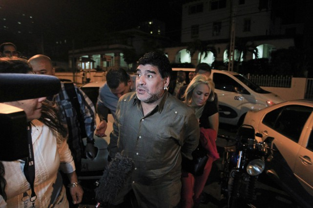 L'ex-star argentine du football Diego Maradona est arrivé... (Photo AFP)