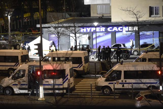 La boutique Hyper Casher, théâtre de la prise... (Photo ERIC FEFERBERG, Agence France-Presse)