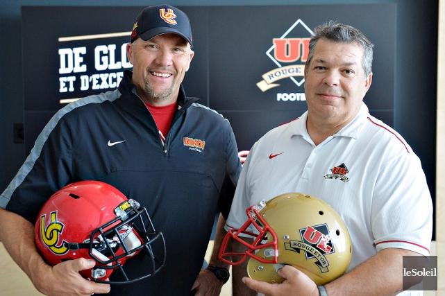 Blake Nill (à gauche), ex-coach des Dinos de... (Photothèque Le Soleil, Pascal Ratthé)