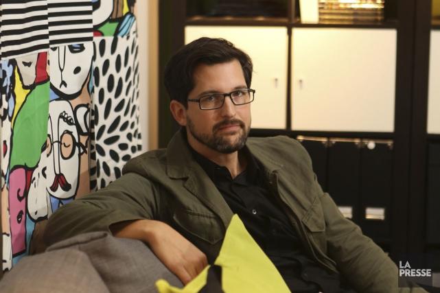 Depuis 15 ans, le designer québécois Francis Cayouette... (Photo Martin Chamberland, La Presse)