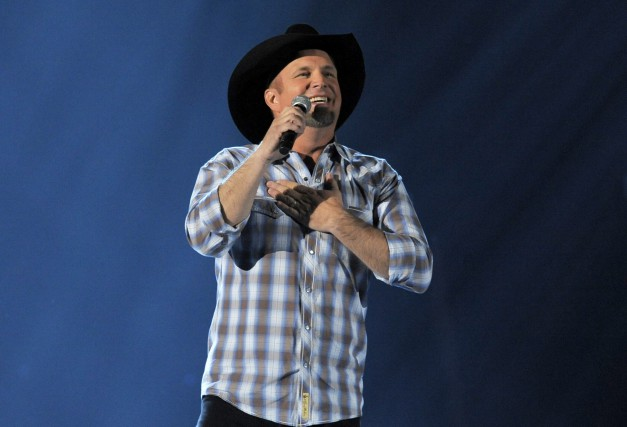 Garth Brooks... (Photo Chris Pizzello, AP)
