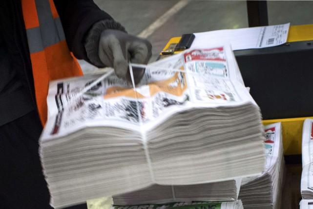 Charlie Hebdoest généralement uniquement disponible au Québec et... (Photo AFP)