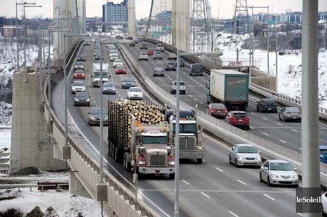 Dans le cas du camionnage, le prix du... (Photothèque Le Soleil, Jean-Marie Villeneuve)