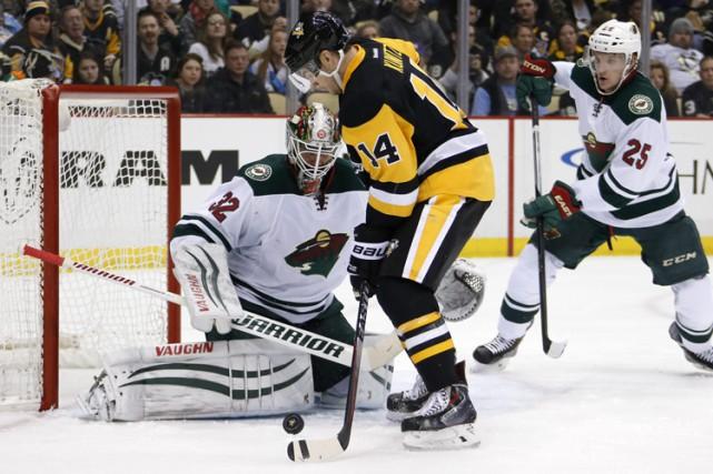 David Perron a inscrit deux buts et une aide et il a aidé les Penguins de... (Photo: AP)