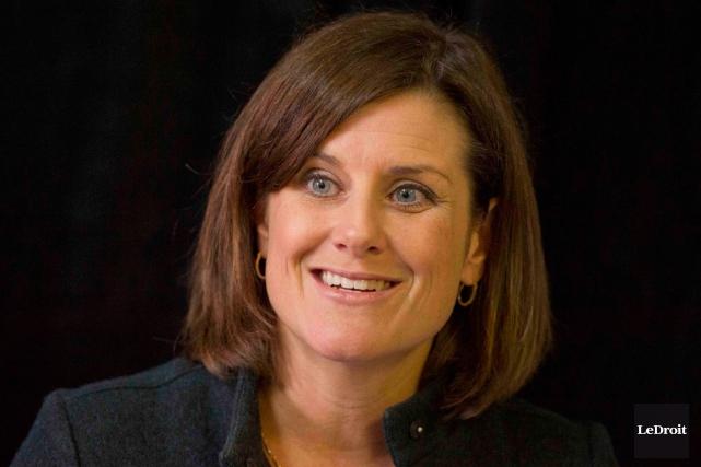 La ministre responsable de l'Outaouais, Stéphanie Vallée, abonde... (Martin Roy, archives LeDroit)