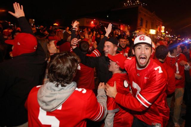 Après la victoire des Buckeyes au Championnat national... (Photo Paul Vernon, AP)